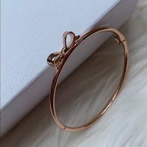 Kate Spade skinny mini bow bangle - rose gold